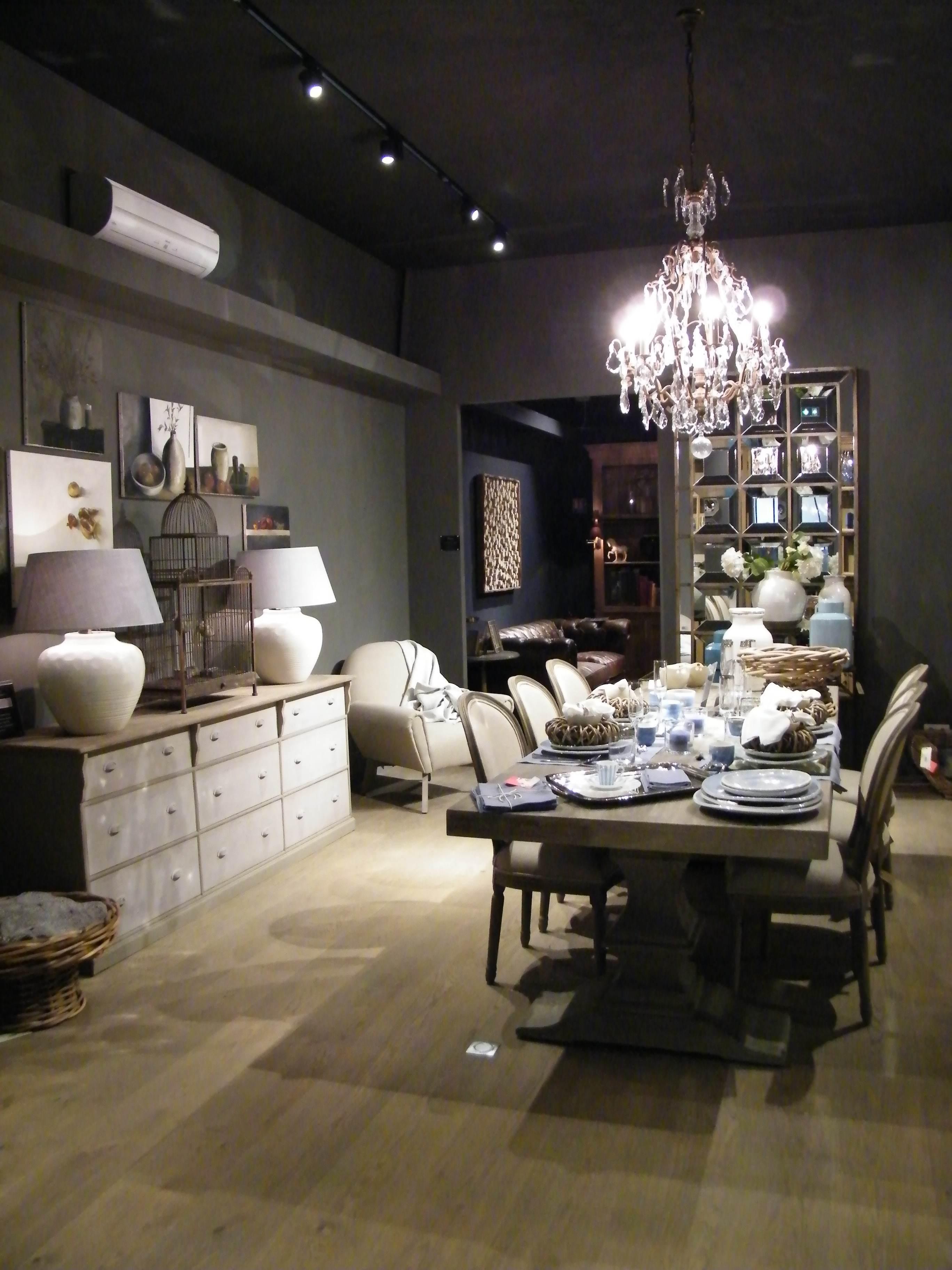 UHB, Le Concept-Store XXL venu du Nord (77)
