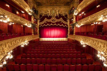 theatregalerie-337-750x0