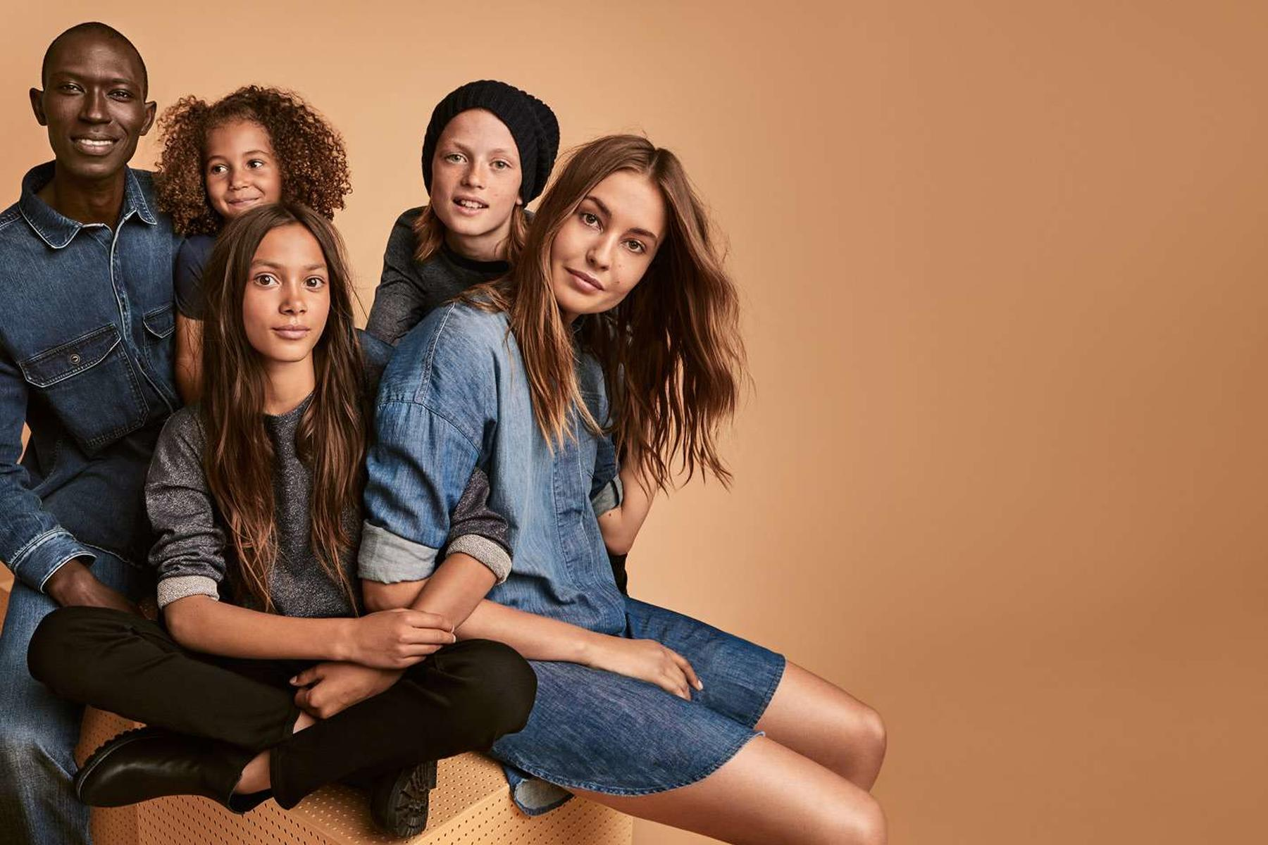 H&M lance sa 4e collection denim baptisée « Close The Loop »
