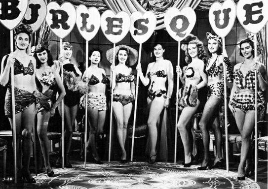 Le Cabaret Burlesque lance son école (75)