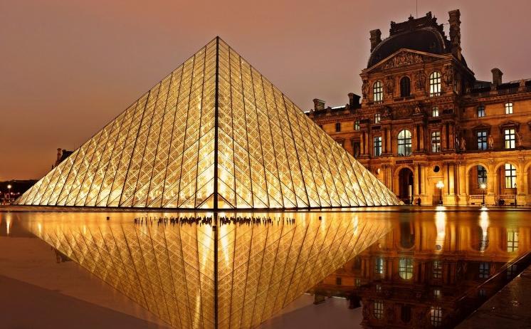 Le Musée du Louvre by Night le samedi soir (75)