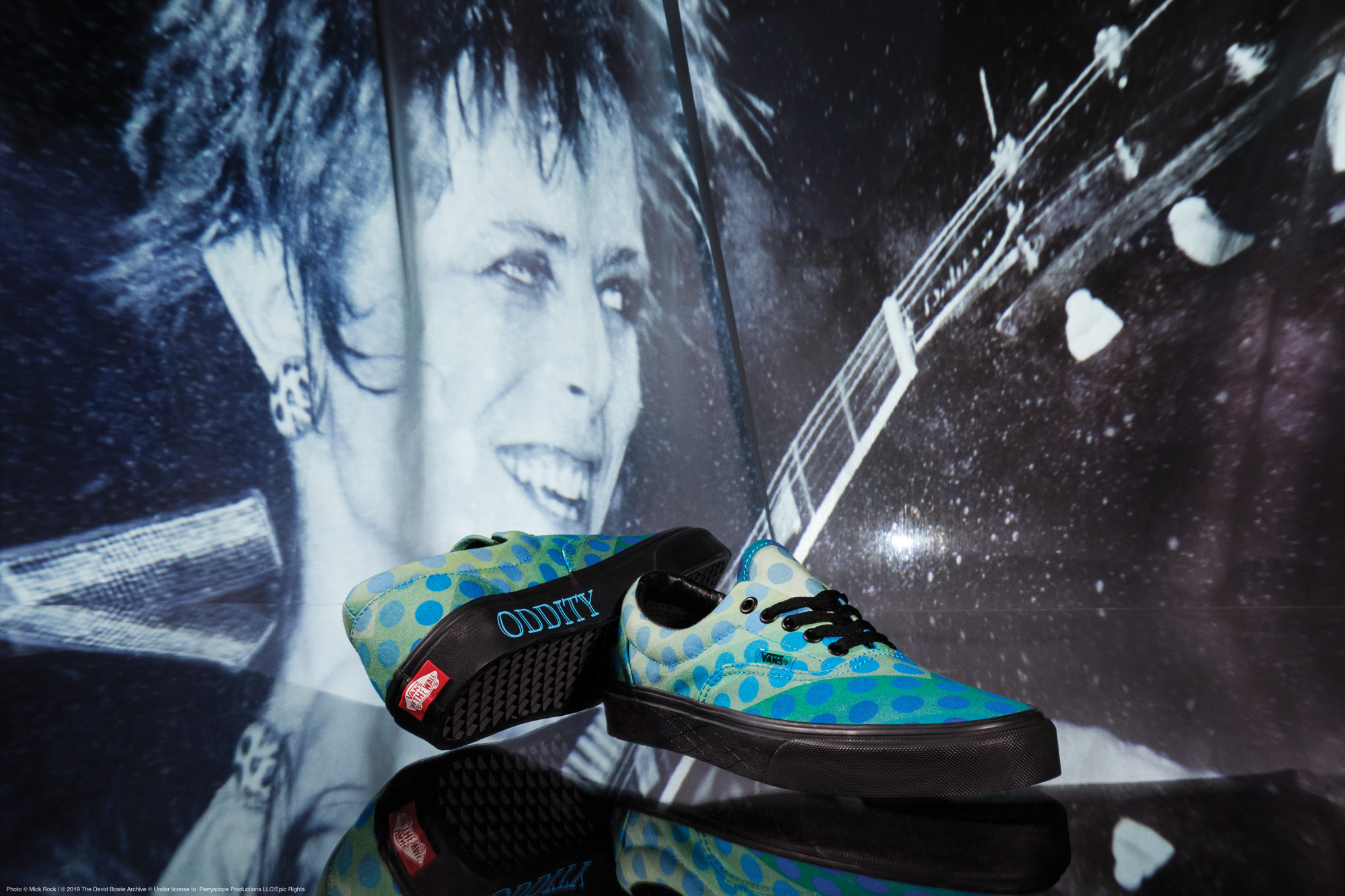Vans lance une collection «David Bowie » pour transformer  les hommes en héros d'un jour