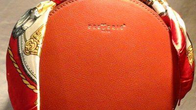 Le sac « JyJy » de Maison Frédéric que tout le monde s'arrache à Deauville et ses environs