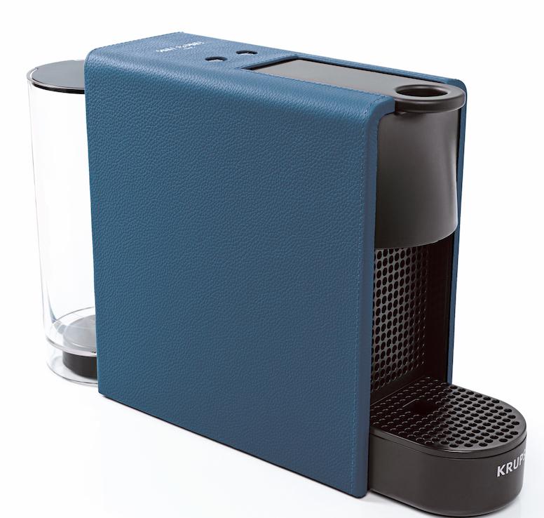 What Else ? le malletier Pinel et Pinel lance une machine à café en cuir !