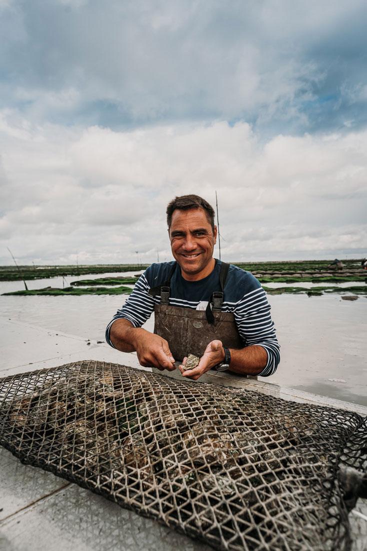 Mode d'emploi  >  Comment ouvrir les huîtres creuses sans se blesser !