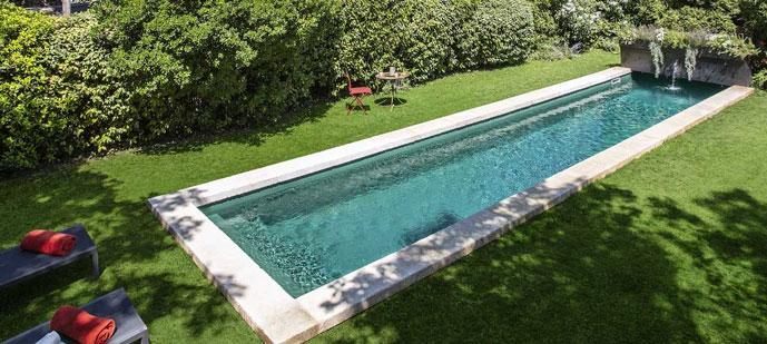 Comment bien nettoyer sa piscine familiale ? En suivant les 6 conseils d'experts pour replonger dans le bonheur !
